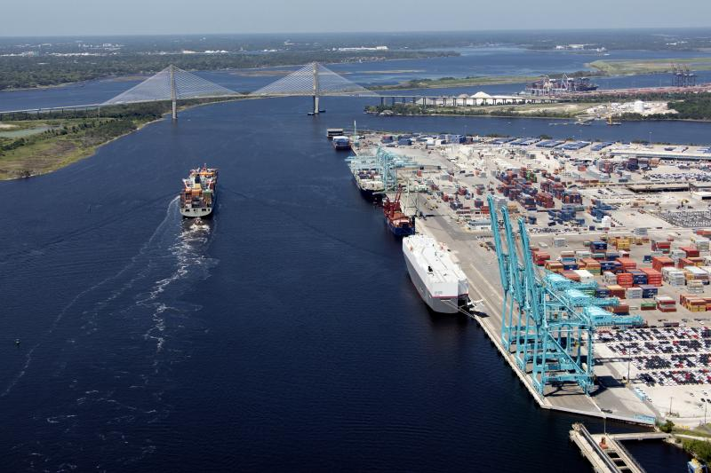 The Jacksonville Port Authority (JAXPORT) achieved its highest-ever monthly container volumes in August, moving nearly 115,700 twenty-foot equivalent units