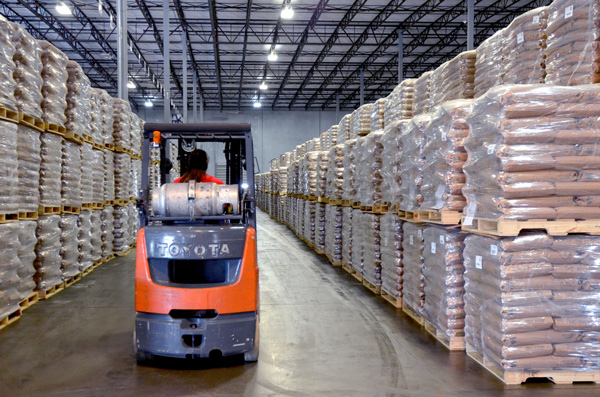 Warehousing operations in Northeast Florida
