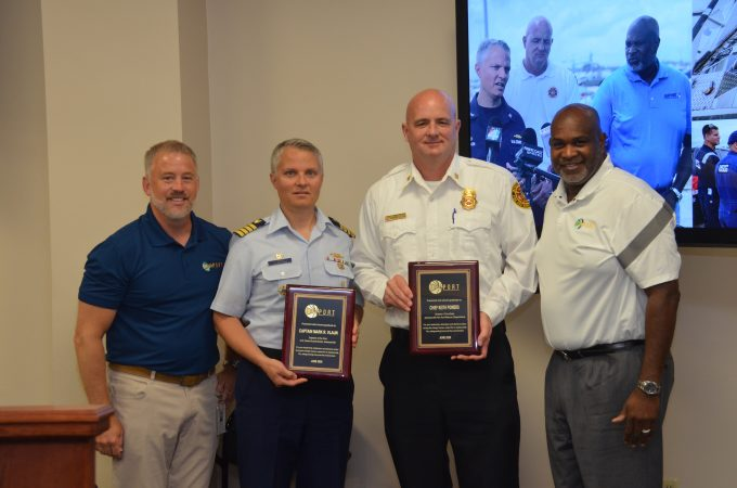 JAXPORT leadership presents plaques to JFRD and USCG