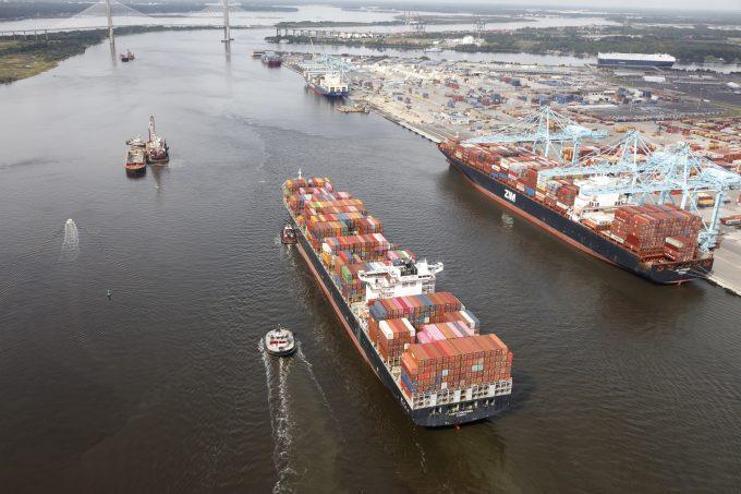 Ships near Blount Island